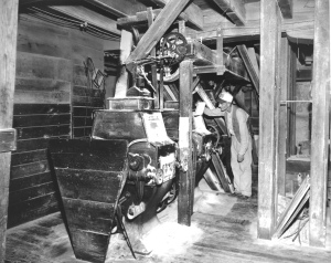 RMF--Calendar, mill interior-1